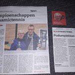 Links Stadsblad en rechts Stentor